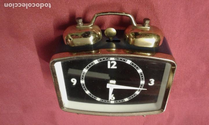 Vintage: Reloj despertador. Funciona. Vintage. Años 60, 70. - Foto 3 - 69618793