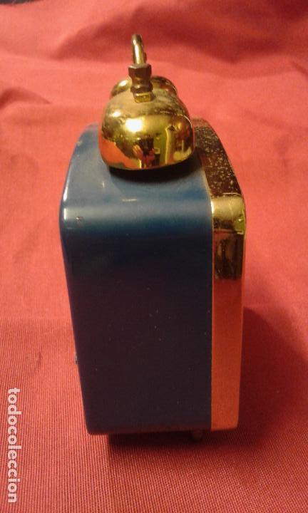 Vintage: Reloj despertador. Funciona. Vintage. Años 60, 70. - Foto 4 - 69618793