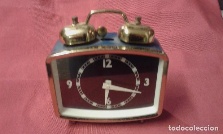 Vintage: Reloj despertador. Funciona. Vintage. Años 60, 70. - Foto 10 - 69618793