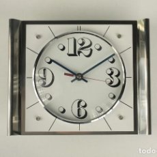 Vintage: RELOJ DE PARED METAL CROMADO BLANCO POP SPACE AGE RETRO VINTAGE 70'S. Lote 100118395