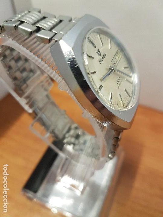 Vintage: Reloj caballero (Vintage) Nivada automático con doble calendario a las tres, correa acero antigua - Foto 5 - 113677507