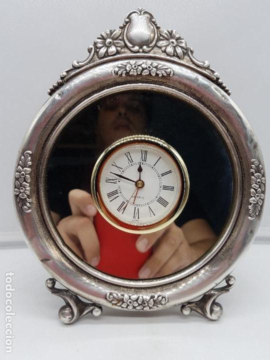 Vintage: Antiguo reloj de estilo imperial en plata de ley contrastada de sobremesa. - Foto 2 - 119461607