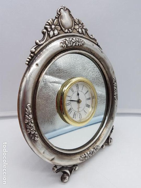 Vintage: Antiguo reloj de estilo imperial en plata de ley contrastada de sobremesa. - Foto 4 - 119461607