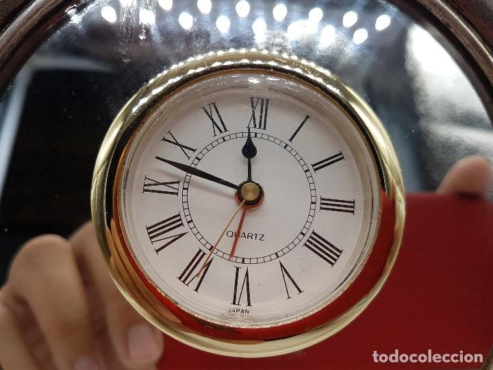 Vintage: Antiguo reloj de estilo imperial en plata de ley contrastada de sobremesa. - Foto 8 - 119461607