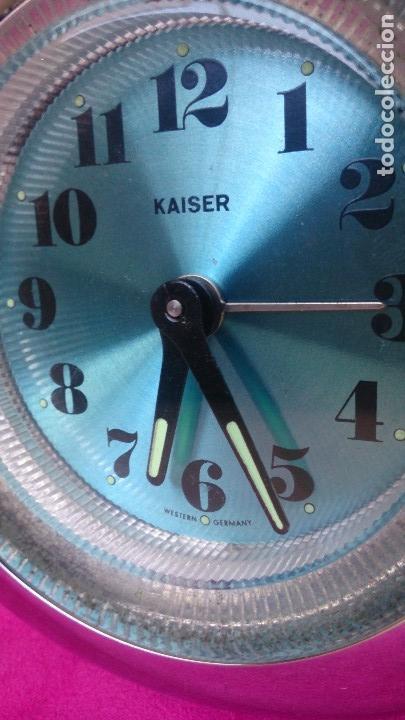 Vintage: Reloj despertador vintage Kaiser Western Germany plástico - Foto 2 - 124405939