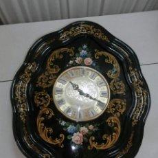 Vintage: RELOJ DE PARED ESTILO ISABELINO LACADO Y PINTADO A MANO AUTOMATICO. Lote 151576150