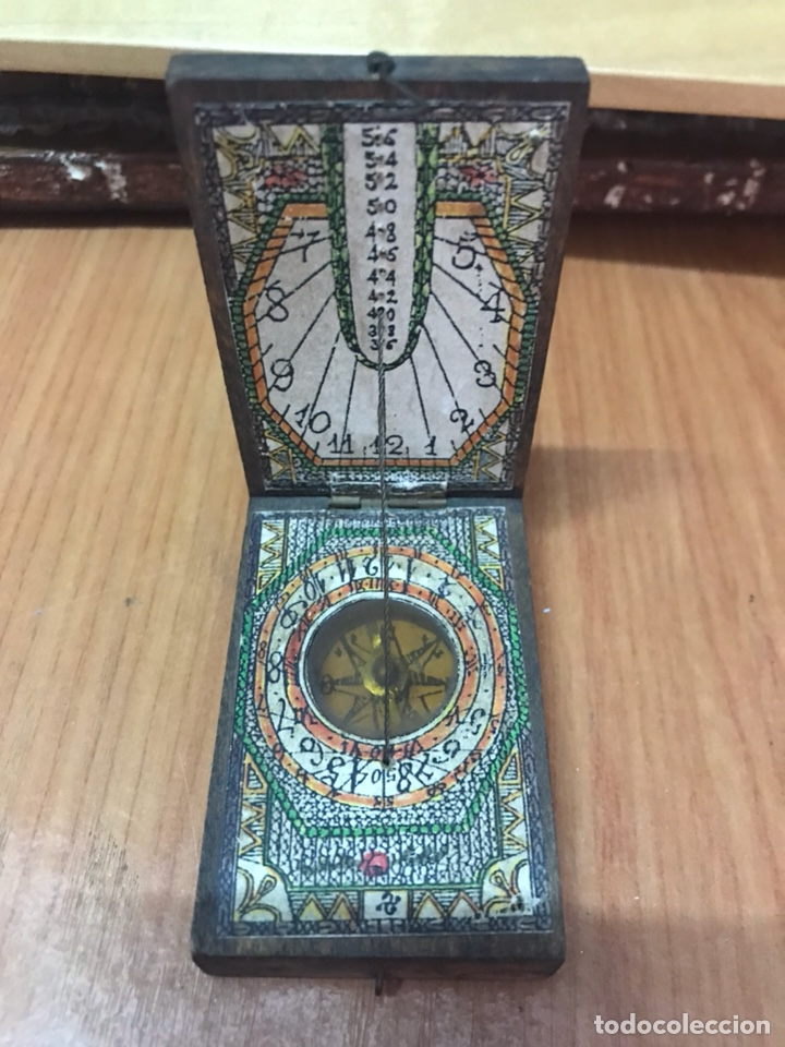e5b316603bde 2 fotos ANTIGUA BRUJULA DE MADERA - RELOJ DE SOL (Relojes - Relojes Vintage  ) ...