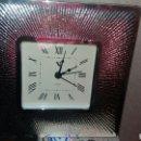Vintage: ANTIGUO RELOJ DE SOBREMESA MARCO EN PLATA DE LEY. Lote 134546745