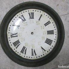 Vintage: ANTIGUO RELOJ DE HIERRO. SIN MECANISMO NI MANILLAS. IDEAL PARA DECORACIÓN. 54 CM DIÁMETRO.. Lote 140368542
