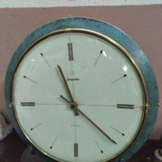 Vintage: RELOJ DE PARED JUNGHANS ELECTRA AÑOS 60, ELECTRICO. Lote 144943818
