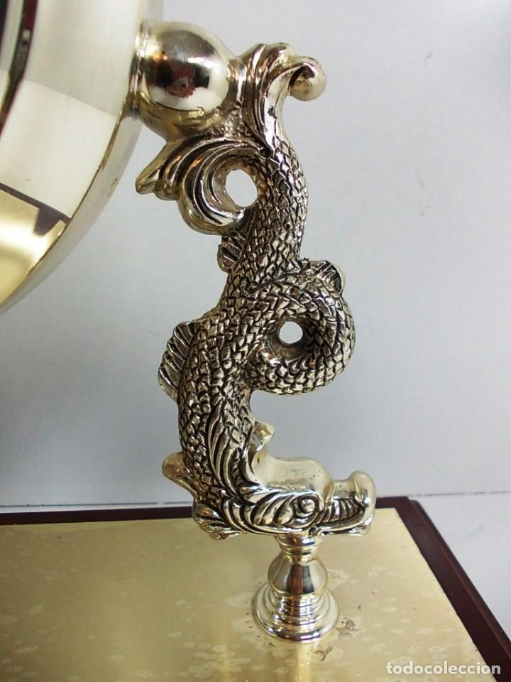 Vintage: Precioso reloj baño plata de sobremesa funcionando - Foto 5 - 150816706