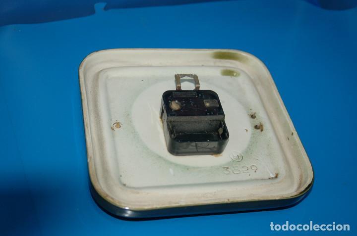 Vintage: reloj de pared vintage KIENZLE quartz ceramica FUNCIONA 22x22 cm. - Foto 6 - 155289078