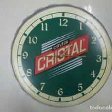 Vintage: RELOJ DE PARED , PUBLICIDAD CERVEZA CRISTAL. Lote 167551144