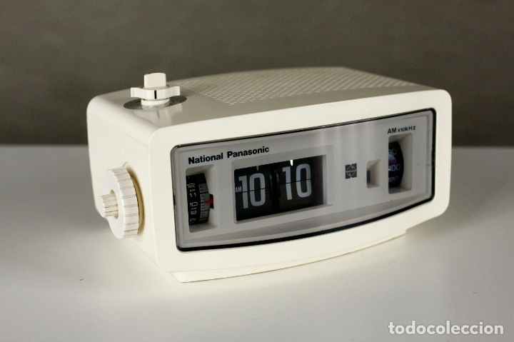 Vintage: Radio Reloj despertador National Panasonic Flip Clock blanco retro space age Japan años 70 - Foto 3 - 169288508