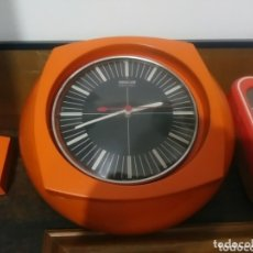 Vintage: RELOJ DE PARED VINTAGE WEST GERMANY FUNCIONA. Lote 172738097