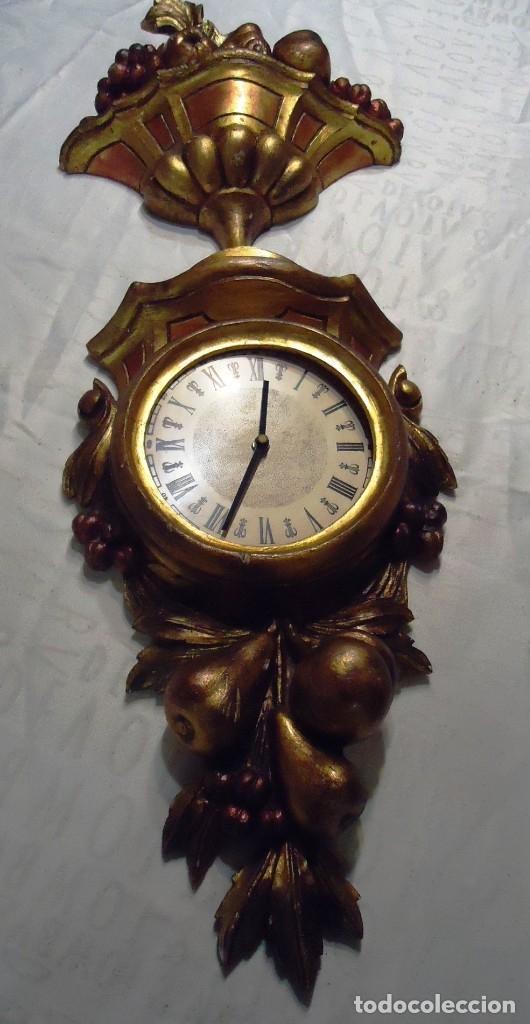 Vintage: Reloj con marco de madera tallada y policromada - Foto 18 - 175916294