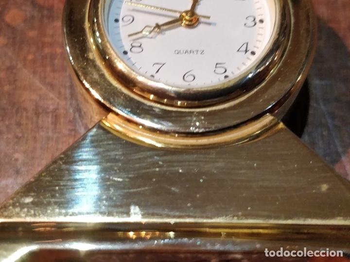 Vintage: Reloj en miniatura dorado, quartz - Japan movt - Shock proof - stainless steel - 5 x 5cm - Foto 8 - 177865052