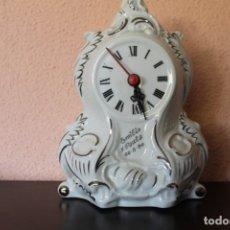 Vintage: RELOJ DE PORCELANA DE MESA DE LOS AÑOS 90 ( FUNCIONA). Lote 178988731