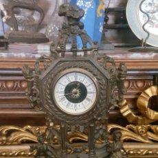 Vintage: RELOJ DE SOBREMESA CON FIGURAS GALANTES. . Lote 179186231