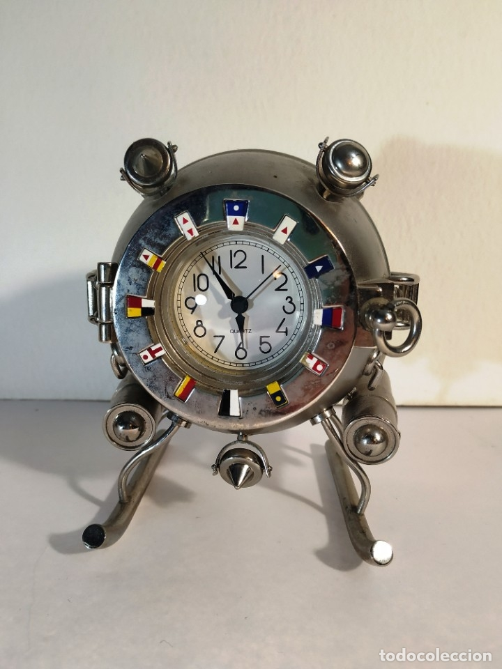 CURIOSO RELOJ BATISCAFO. METAL Y ESMALTE. FUNCIONANDO A PILAS. 12 X 14 X 10 CM. (Relojes - Relojes Vintage )