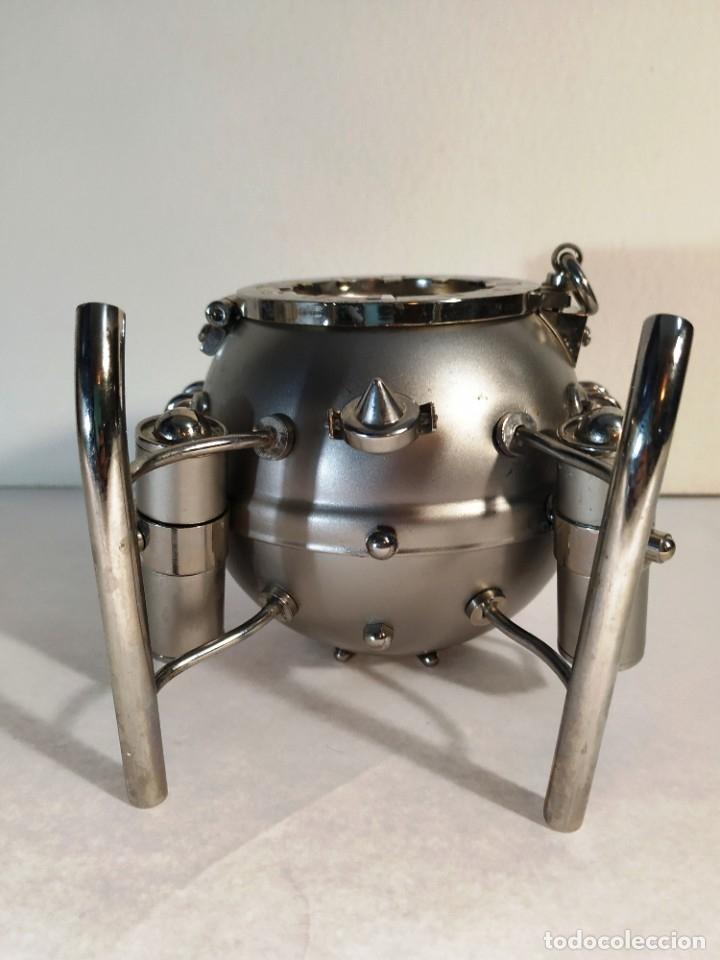 Vintage: Curioso reloj Batiscafo. Metal y esmalte. Funcionando a pilas. 12 x 14 x 10 cm. - Foto 5 - 180139790