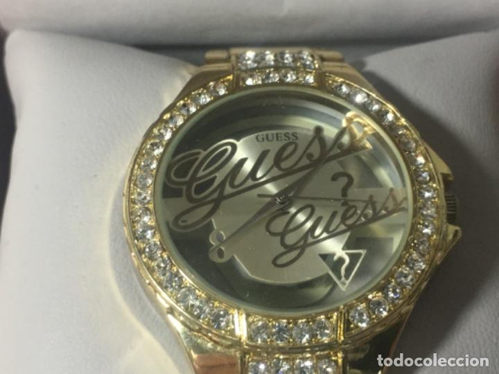 Vintage: Reloj Original Guess En su caja perfecto estado y perfecto funcionamiento sería exclusiva - Foto 4 - 181201755