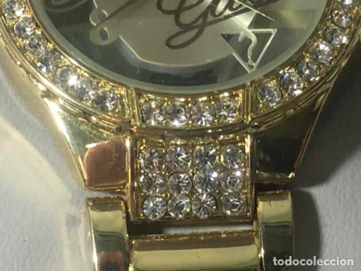 Vintage: Reloj Original Guess En su caja perfecto estado y perfecto funcionamiento sería exclusiva - Foto 6 - 181201755