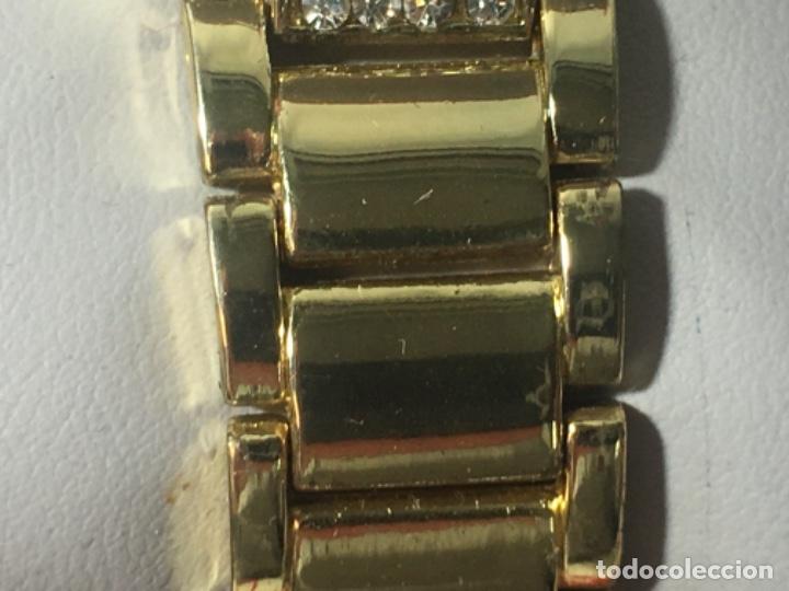 Vintage: Reloj Original Guess En su caja perfecto estado y perfecto funcionamiento sería exclusiva - Foto 7 - 181201755