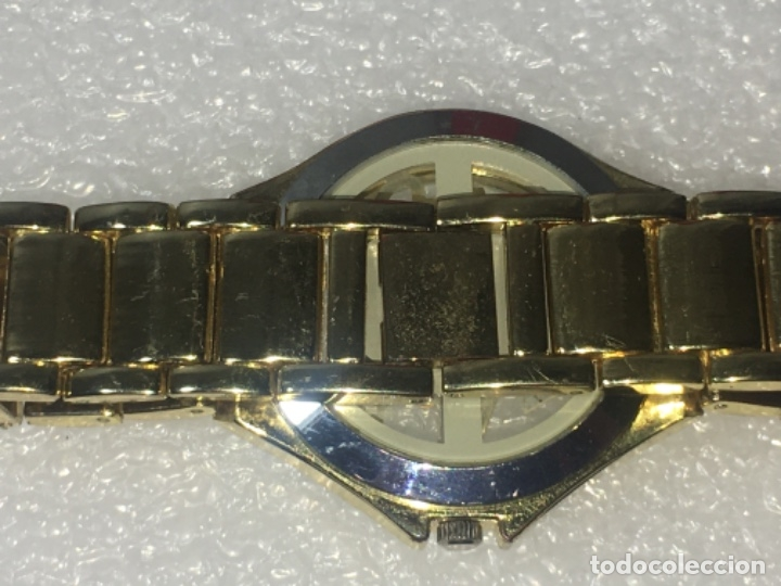 Vintage: Reloj Original Guess En su caja perfecto estado y perfecto funcionamiento sería exclusiva - Foto 14 - 181201755