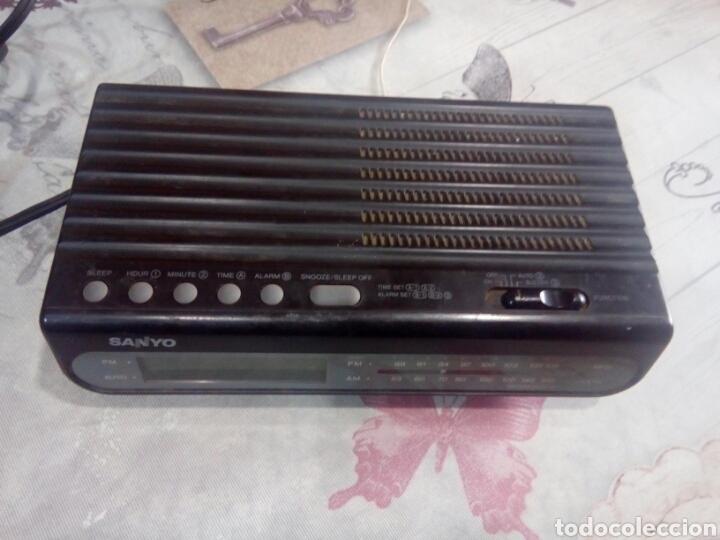 Vintage: RADIO DESPERTADOR SANYO - Foto 2 - 181921208