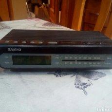 Vintage: RADIO DESPERTADOR SANYO. Lote 181921208