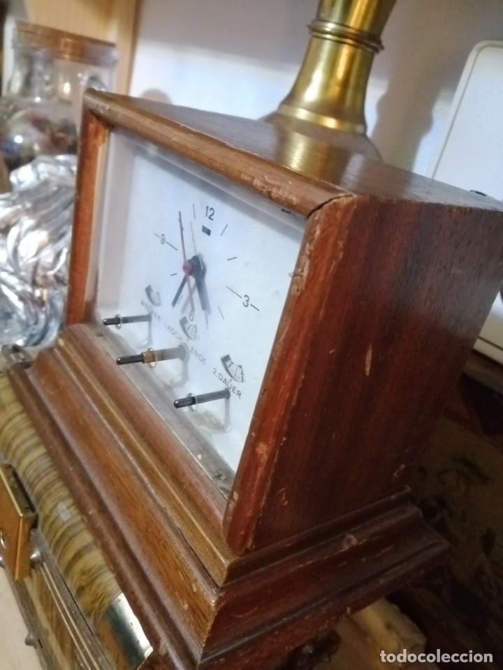 Vintage: extraño reloj no se su uso fechado 1968 - Foto 2 - 189614695