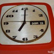 Vintage: RADIANT / VINTAGE - ANTIGUO RELOJ / RADIANT ELECTRONIC / RELOJ VINTAGE DE PARED ¡MIRA!. Lote 197138362