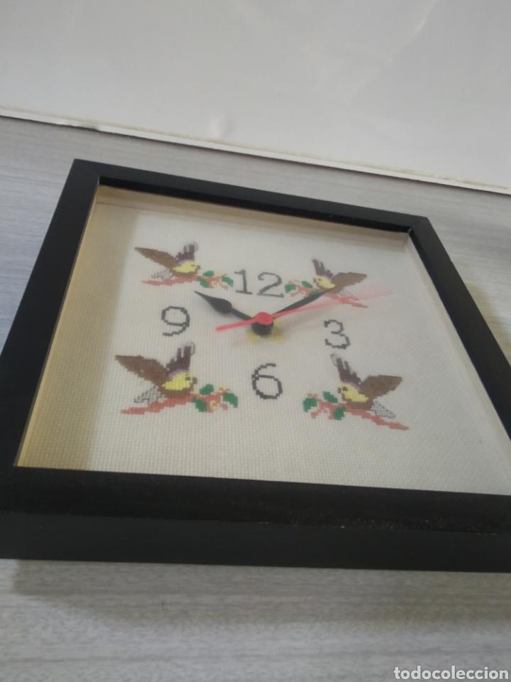 Vintage: Bonito reloj de cocina realizado en punto de cruz artesanalmente - Foto 4 - 209368708