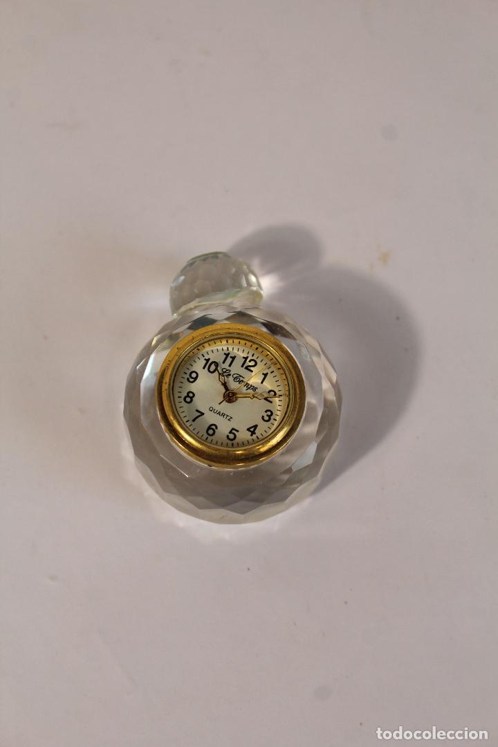 Vintage: RELOJ MINIATURA LE TEMPS QUARTZ - RELOJ despertador - Foto 2 - 210534301