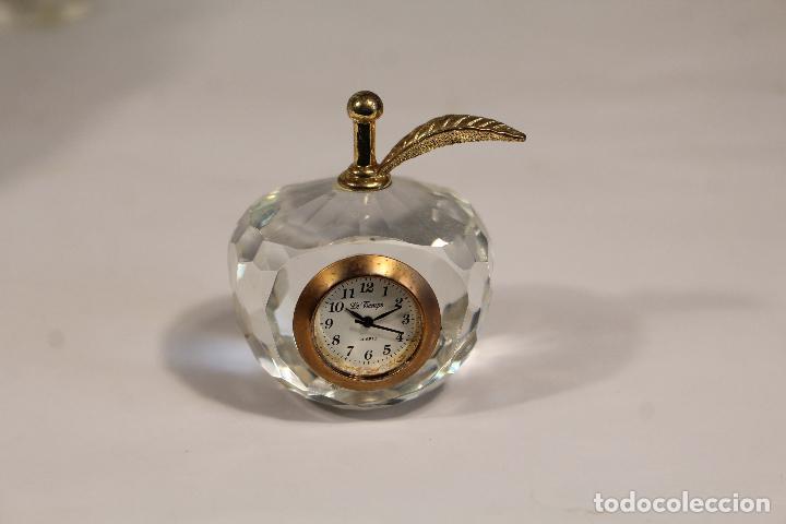 RELOJ MINIATURA LE TEMPS QUARTZ - MANZANA (Relojes - Relojes Vintage )