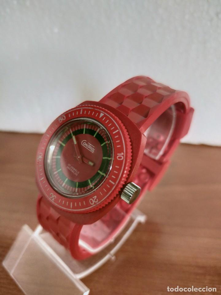 Vintage: Reloj señora de cuerda (Vintage) Control caja de resina dura 17 rubís con maquinaria Suiza incabloc. - Foto 5 - 213259395