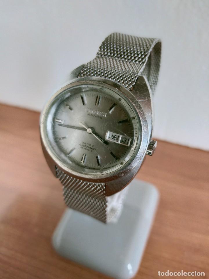 Vintage: Reloj caballero (Vintage) CITIZEN automático 28 rubis con calendario, correa acero original. - Foto 6 - 213157641