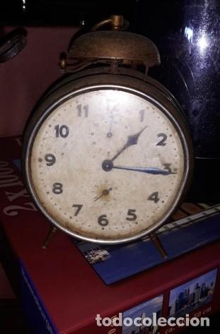 ANTIGUO RELOJ DESPERTADOR LATON CAMPANA (Relojes - Relojes Vintage )