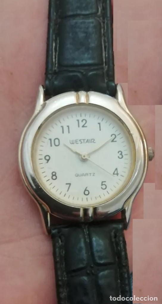 RELOJ WEST AIR EN MUY BUEN ESTADO, FUNCIONANDO, CORREA DE PIEL NEGRA (Relojes - Relojes Vintage )