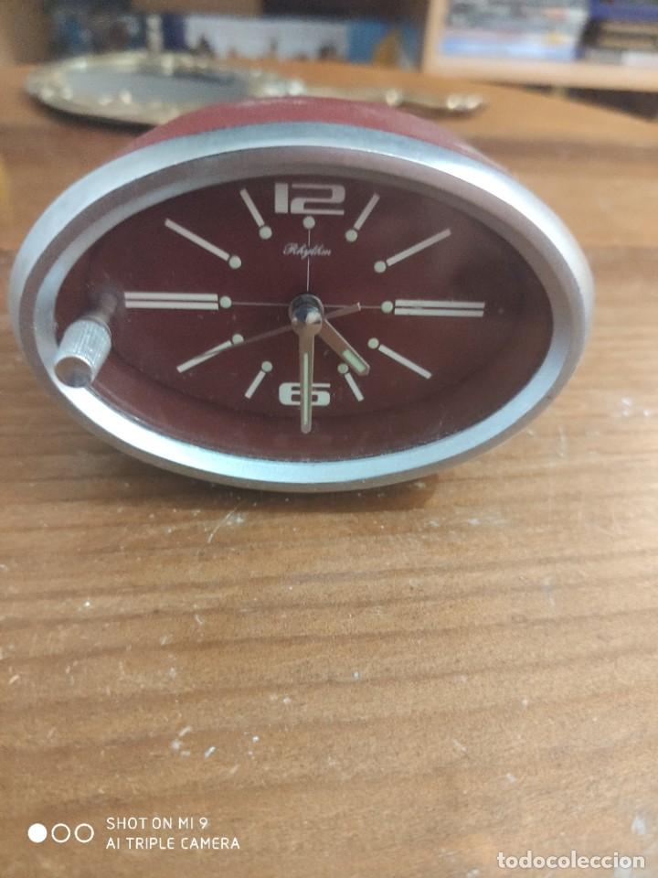 RELOJ JAPONÉS RHYTHM , RARO MODELO PARA SALPICADERO DE COCHE. (Relojes - Relojes Vintage )