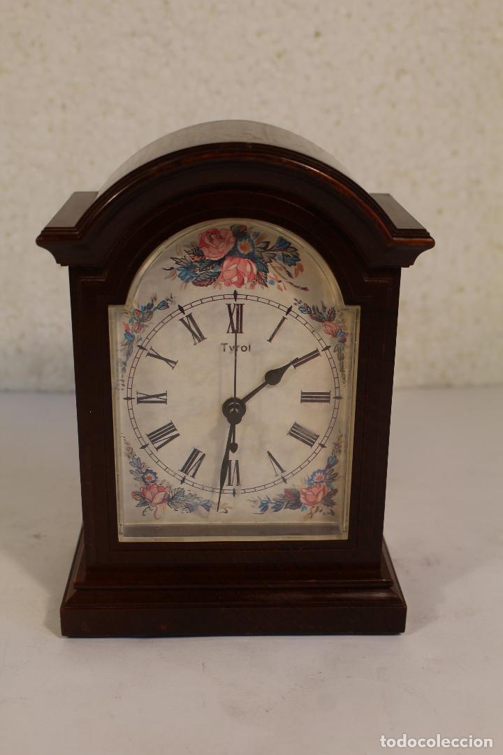 RELOJ SOBREMESA QUARTZ MARCA TYROL (Relojes - Relojes Vintage )