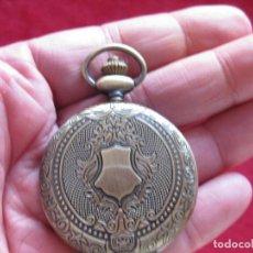 Vintage: RELOJ DE DE BOLSILLO DE CUARZO PARA COLGAR, - SE ENVÍA FUNCIONANDO .. Lote 255945645