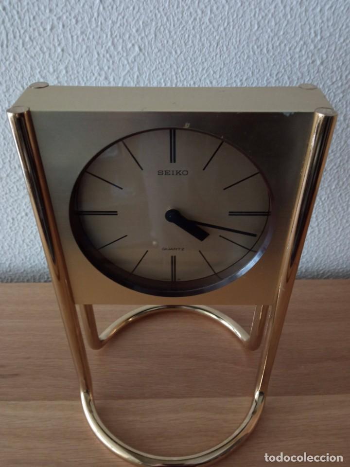 Vintage: Reloj de sobremesa SEIKO. En marcha - Foto 2 - 243604075