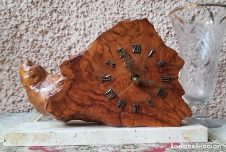 RELOJ EN MADERA DE OLIVO (Relojes - Relojes Vintage )
