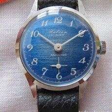 Vintage: RELOJ DE CUERDA VINTAGE HALCON ESFERA AZUL NOS. Lote 257662645