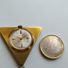 Vintage: RELOJ TRIANGULAR DE AZAFATA IBERIA. Lote 267736719