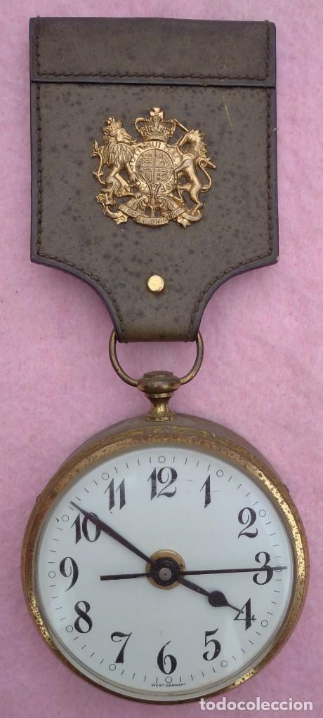 RELOJ CON ESCUDO IMPERIAL DE INGLATERRA, MEDIADOS S. XX // VINTAGE PARED MILITAR HITLER QUARTZ NAZI (Relojes - Relojes Vintage )