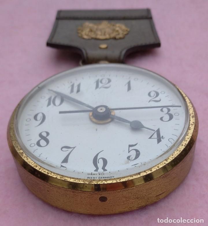 Vintage: Reloj con Escudo Imperial de Inglaterra, Mediados S. XX // VINTAGE PARED MILITAR HITLER QUARTZ NAZI - Foto 2 - 276961033