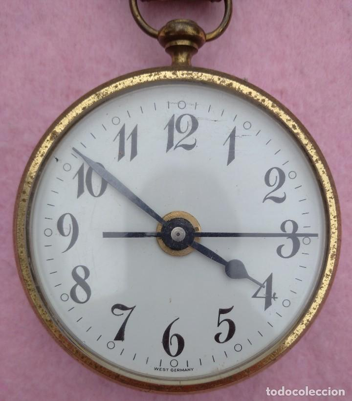 Vintage: Reloj con Escudo Imperial de Inglaterra, Mediados S. XX // VINTAGE PARED MILITAR HITLER QUARTZ NAZI - Foto 6 - 276961033